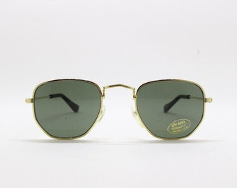 90s vintage sunglasses, new with tag glasses, metal frame, classic design