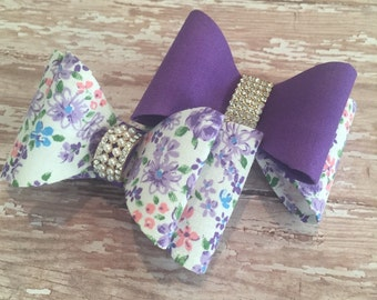 Gorgeous stiff fabric hair bow on a lined alligator clip