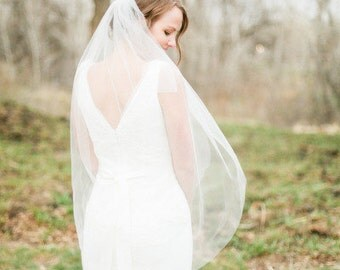 Fingertip length Wedding Bridal Veil white, ivory, Wedding veil bridal Veil Fingertip length veil bridal veil cut veil