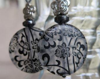 black earrings, chain earrings, Lucite earrings, black lace earrings, floral earrings, lightweight earrings, elegant earring, flower jewelry