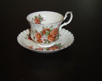 Royal Albert Centennial Rose (1981) cup and saucer near mint (225C)