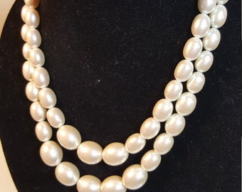 FREE  SHIPPING   Vintage Large Pearl Double Strand Necklace