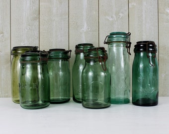 Vintage green glass jar. Canning jar. French canning jar. Made in France. Canning jars. Green glass jar. French jar. Select ONE // D223