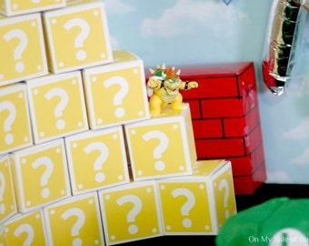 Super Mario Brothers Coin Block Party Decor