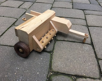 1:16 scale wood toy hay baler