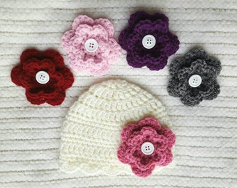 Crochet baby hat with interchangeable flowers, crochet baby beanie, newborn photo prop, baby shower gift, baby girl gift, baby girl hat