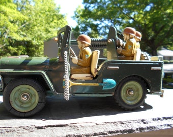 1950s US Army FrictionAnti Aircraft Toy Jeep 41573147 Tin Litho   12.5 inch by 5.5 inch