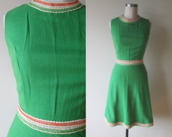 60's-70's NWT Mod Kelly Green dress with Woven Orange and Green Trim size small/ 6