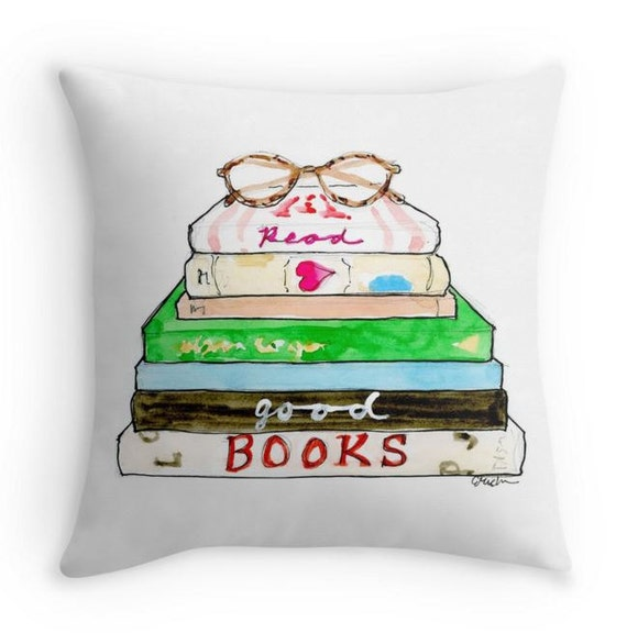 Read Good Books Pillow | Bibliophile Gift Guide