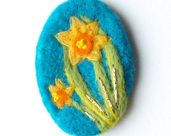 Daffodil Jewellery, Felt Brooch, Daffodil Brooch, Flower brooch, Floral pin, wool, Spring, Mothers Day gift, Wedding, Fibre art IWANTCRAFT
