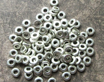 100 x Antique Silver Metal Spacer Beads. Heishi, Flat Round, 6x2mm, Hole 2.5mm Small Washer