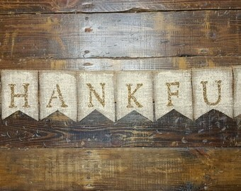 Thankful Burlap Banner with Gold Glitter, Thanksgiving Banner, Autumn Banner, Rustic Fall Decor, Rustic Fall Wedding Decor, Give Thanks