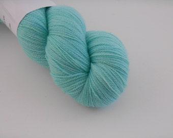 Ingénue Lace,OUPS n 11, merino silk , 100g