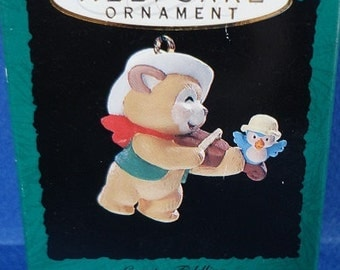 1993 Country Fiddling Hallmark Retired Miniature Ornament