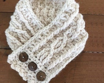 Cabled Button Cowl