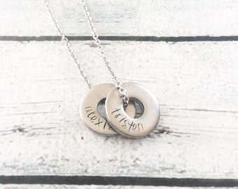 Washer necklace - Hand stamped necklace - Personalized necklace - Mother's necklace - Name necklace - Mommy jewelry - Custom gift