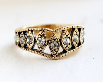 Vintage Edwardian Ring Antique Gold Tone with Clear Austrian Crystals  Made in USA #R1288