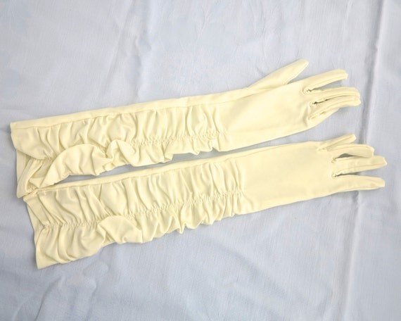 Vintage cream elbow length gloves with ruched fronts, Kasmo Design, nylon stretch gloves, one size fits most, dead stock, formal, 1970s