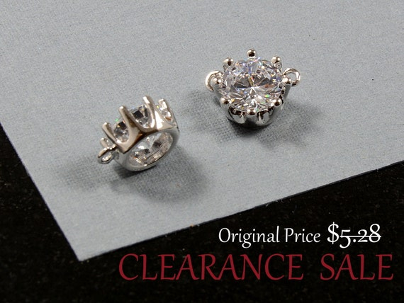 SALE - Round Circle Charm/ Silver Round Pendant, Single Stone Pendant with Cubic Zirconia in Rhodium Plating - 2 pcs/ order