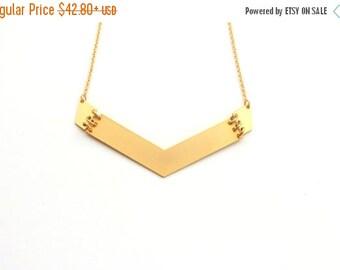 SUMMER SALE Big arrow Pendant Necklace ,Geometric gold necklace, geometric jewelry, bib necklace, statement necklace