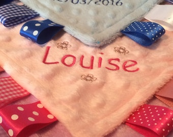 Dimple Dot Baby/Toddler Taggy Blanket/Comforter/Gift - can be personalised
