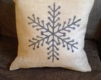 Snowflake pillow - Christmas Pillow, Christmas Decor, Winter decor, Snowflake Decor, Burlap Pillow, Throw Pillow, Decorative Pillow