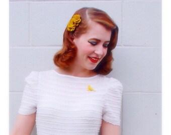 Mustard yellow flower hair comb | fall flower hair clips for women | mustard alternative wedding hair accessories