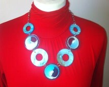 New Stock. Retro Mod Chain Necklace. Vintage 70s Glam. Design Chic