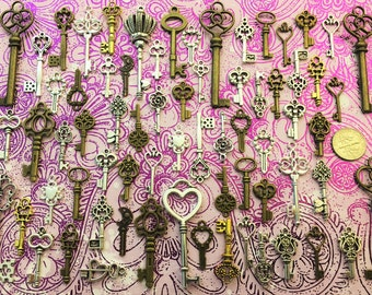 130 Bulk Lot Replica Skeleton Keys Vintage Antique Look Replica Charms Jewelry Steampunk Wedding Bead Supplies Pendant Reproduction Craft
