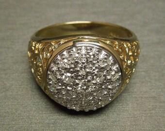 Men's Vintage Estate C1980 14K Yellow Gold Fleur de Lis Filigree 0.51TCW Diamond 5 Carat Illusion Pave Dome Ring Sz 10.5