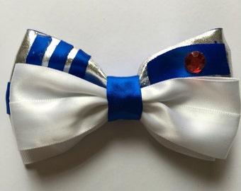 Star Wars inspired hair bow, R2D2