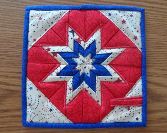 Folded Star -  Pot Holder/Hot Pad - Red-White-blue fabric