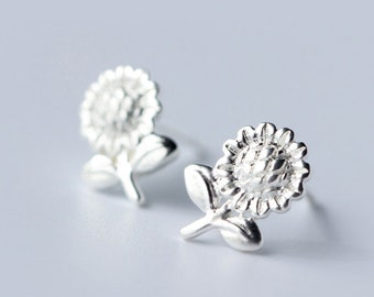 Lovely sunflower sterling silver earring, 925silver sunflower ear studs,romantic gifts,kawaii ring,unique gift.