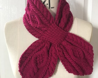Raspberry Pink Retro Knitted Cable Collar Scarf