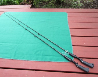 2 Garcia Graphite Casting Rods Fishing Rod 5'6""