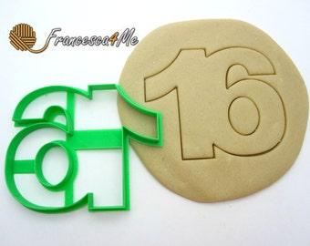 Sweet Sixteen Cookie Cutter