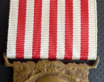 Original French 1914-18 War Campaign Medal (Signed by A.Morlon). Bronze. Super Condition.
