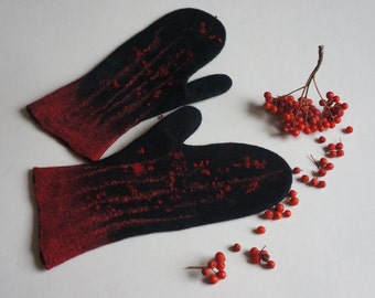 In stock! Warm handmade  blac-red mittens for women. Mittens of merino wool. Handmade felted gloves.