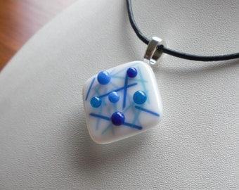 Sticks and stones glass pendant - blue