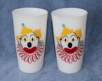 Set of 2 Vintage Hazel Atlas Milk Glass Clown Circus Glasses Tumblers