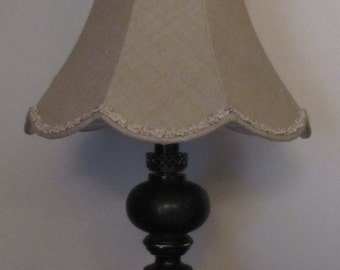 Scalloped linen pagoda lamp