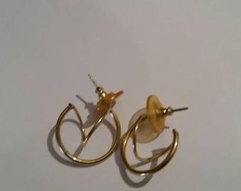 Vintage Gold Scroll Earrings 1980s Costume Jewelry