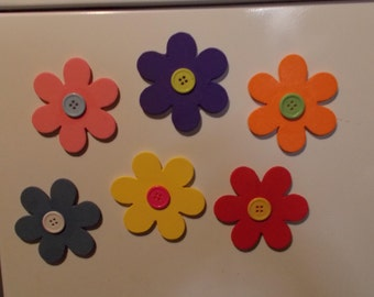 Flower magnets, great for refrigerator and other metal items decor.