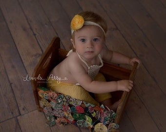 Leisa Romper Set, Yellow Lace Romper, Sitter Romper, Baby Photo Props, Baby Girl Prop Outfit, Baby Props, Photography Sitter Props, UK Selle