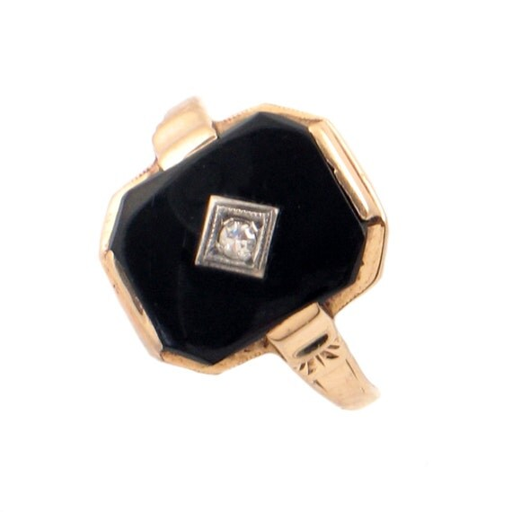 deco black onyx 10k gold ring with accent