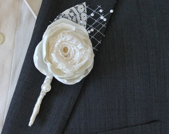 Wedding Boutonniere Grooms Boutonniere Groomsmen Boutonniere Mens Wedding Boutonniere  Wedding Accessories Ivory Boutonniere