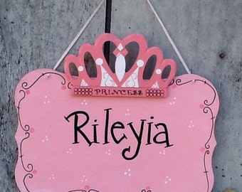 Princess door sign, princess name sign, girls name sign, princess crown sign, princess crown door sign, girls room decor, girls door hanger