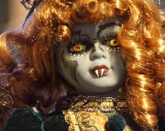 Ciarda - OOAK Vampire Doll