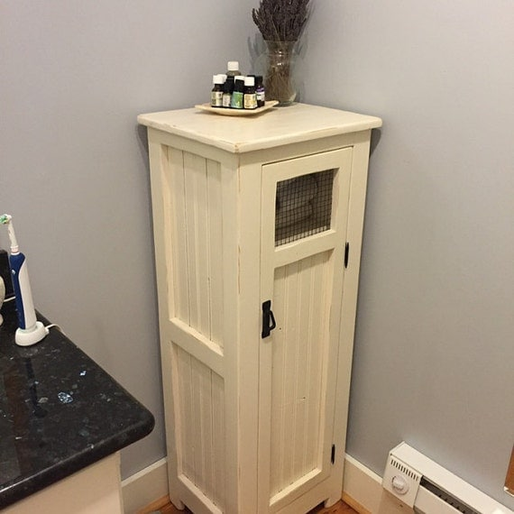 Cottage Style Linen Cabinet Bead Board Wire Door Jelly