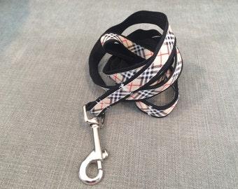 Tan, White, Black, Red Plaid Grosgrain Ribbon Dog Leash, Pet Leash, Pet Accessories, Preppy Leash, Puppy Leash, Plaid Leash, Preppy Dog
